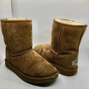 UGG Kids Classic Short Boots    (RO)